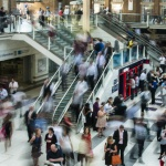 city-people-walking-blur-2